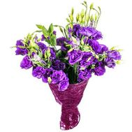 Фиолетовые эустомы в букете - цветы и букеты на uaflorist.com