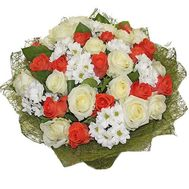 Bouquet of 30 roses and 9 chrysanthemums - flowers and bouquets on uaflorist.com