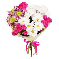 Bouquet of 3 chrysanthemums, 2 bush roses and 1 rose - flowers and bouquets on uaflorist.com