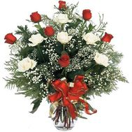 Bouquet of roses and fir-trees - Christmas tree - flowers and bouquets on uaflorist.com