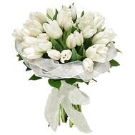 Bouquet of 35 white tulips - flowers and bouquets on uaflorist.com
