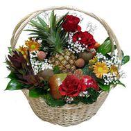 Корзина с фруктами и цветами - цветы и букеты на uaflorist.com