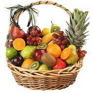 Большая корзина фруктов - цветы и букеты на uaflorist.com
