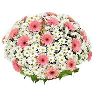 Basket of flowers from 19 chrysanthemums and 25 gerberas - flowers and bouquets on uaflorist.com