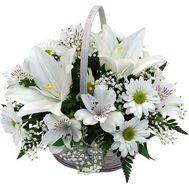Корзина цветов из 7 хризантем, 7 альстромерий и 1 лилии - цветы и букеты на uaflorist.com