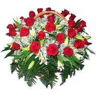 Basket of flowers made of 25 roses and 4 lilies - flowers and bouquets on uaflorist.com