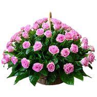 Кошик квітів з 75 троянд - цветы и букеты на uaflorist.com