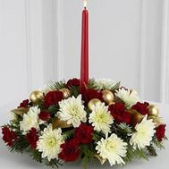 Christmas composition with a candle - flowers and bouquets on uaflorist.com