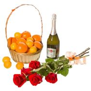 Roses, Tangerines, Champagne - flowers and bouquets on uaflorist.com