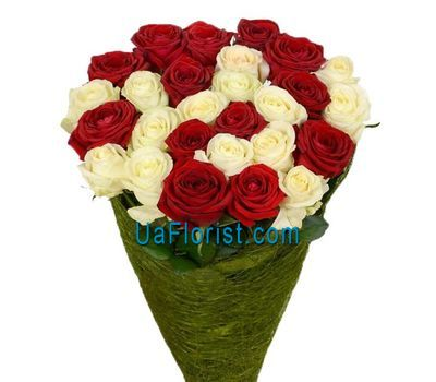 """25 red and white roses"" in the online flower shop uaflorist.com"