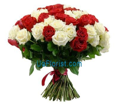 """Red and white bouquet of roses"" in the online flower shop uaflorist.com"