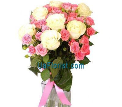 """Cute bouquet of different roses"" in the online flower shop uaflorist.com"