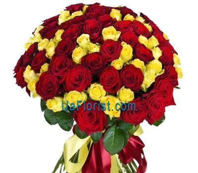 """101 rose in a contrasting bouquet"" in the online flower shop uaflorist.com"