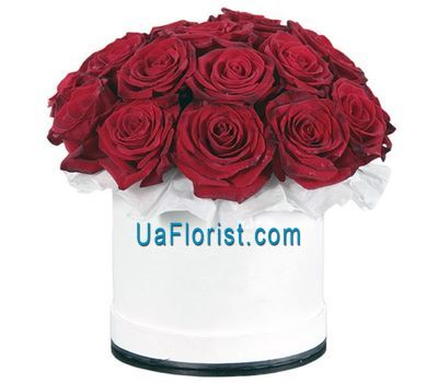 """Classical box with roses"" in the online flower shop uaflorist.com"
