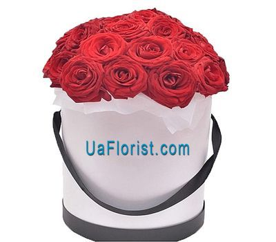 """Red roses in the box"" in the online flower shop uaflorist.com"