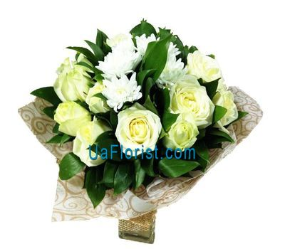 """Bouquet of 16 roses and 1 chrysanthemum"" in the online flower shop uaflorist.com"
