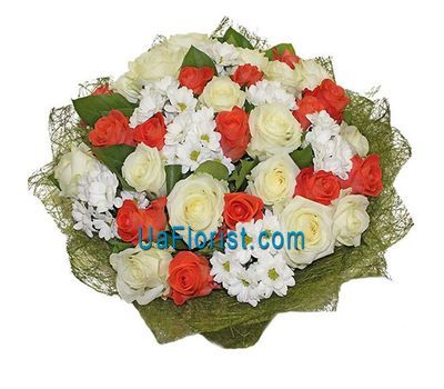 """Bouquet of 30 roses and 9 chrysanthemums"" in the online flower shop uaflorist.com"