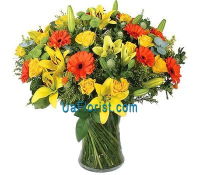 """A bouquet of 11 gerberas, 5 lilies, 15 roses and 4 chrysanthemums"" in the online flower shop uaflorist.com"