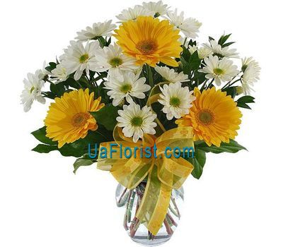 """Bouquet of 3 gerberas and 6 chrysanthemums"" in the online flower shop uaflorist.com"