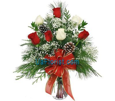 """Bouquet of roses on the New Year"" in the online flower shop uaflorist.com"