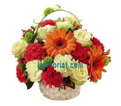 """Basket of flowers from 19 cloves, 3 gerberas and 7 roses"" in the online flower shop uaflorist.com"