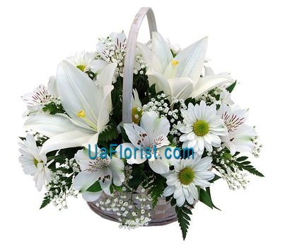 """Basket of flowers from 7 chrysanthemums, 7 alstroemerias and 1 lily"" in the online flower shop uaflorist.com"