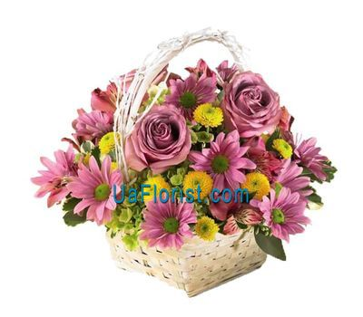 """Basket of flowers from 7 alstroemerias, 7 chrysanthemums and 3 roses"" in the online flower shop uaflorist.com"