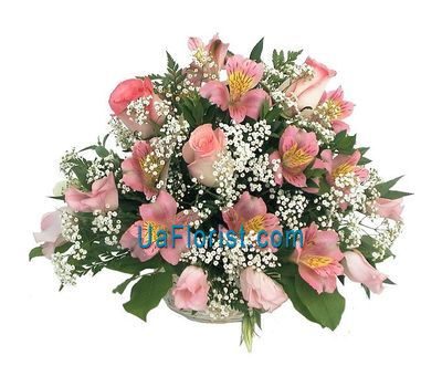 """Basket of flowers from 11 alstroemerias and 3 roses"" in the online flower shop uaflorist.com"