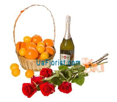 """Roses, Tangerines, Champagne"" in the online flower shop uaflorist.com"