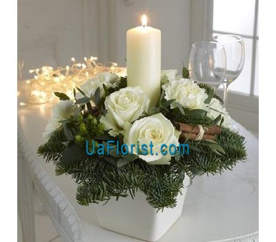 """Christmas composition from flowers"" in the online flower shop uaflorist.com"