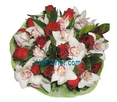 """A bouquet of 14 roses and 11 orchids"" in the online flower shop uaflorist.com"